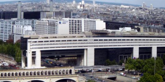 Bercy s'en prend aux structures interposées